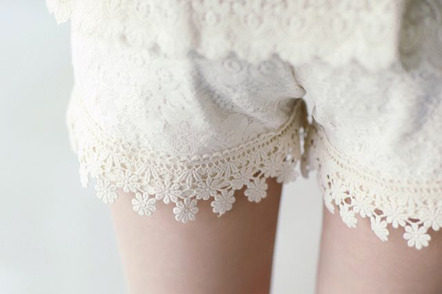 This is a pair of boxer shorts, fancied up a bit for wearing under dresses. The site suggests you could just wear them as shorts, but I much prefer the idea of putting them under dresses. These are much cuter than a slip, in my opinion, and if they were seen by someone it wouldn't matter at all.: Diy Lace, Laceshort, Boxers Shorts, Pjs, Diy Clothing, White Lace, Lace Shorts, Flower, White Tops