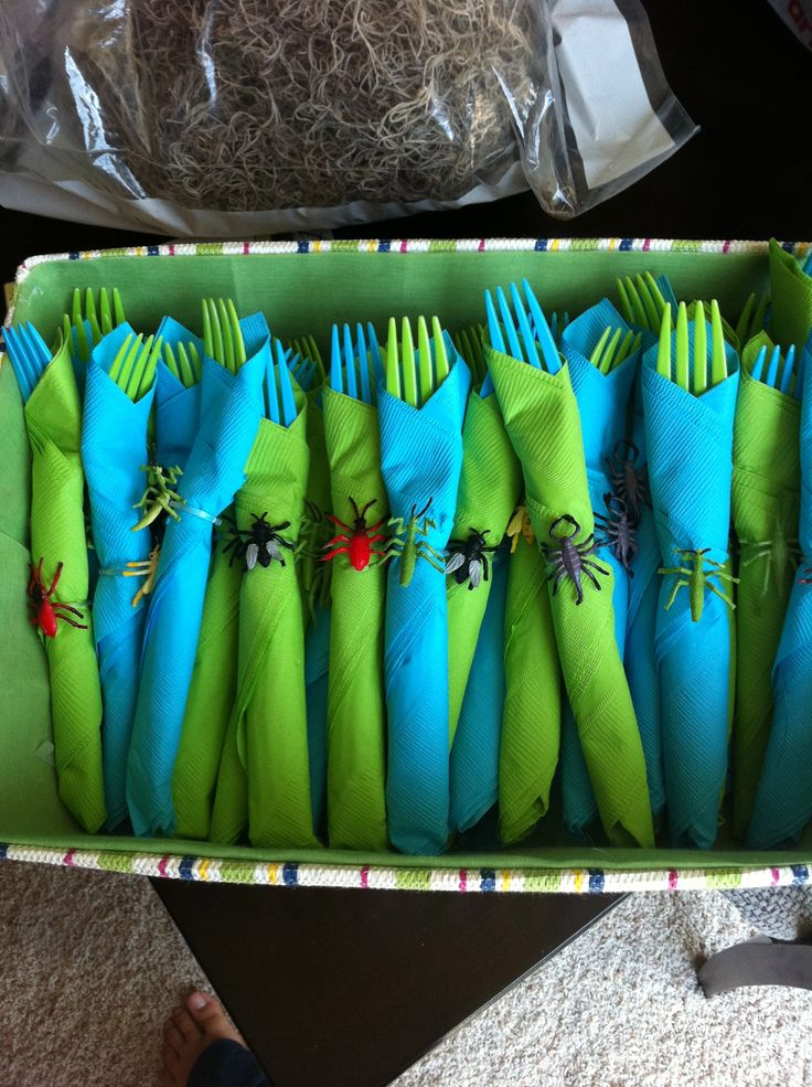Great use of bug rings for a Bug Party. This would be fun to have and I could put it together in advance.