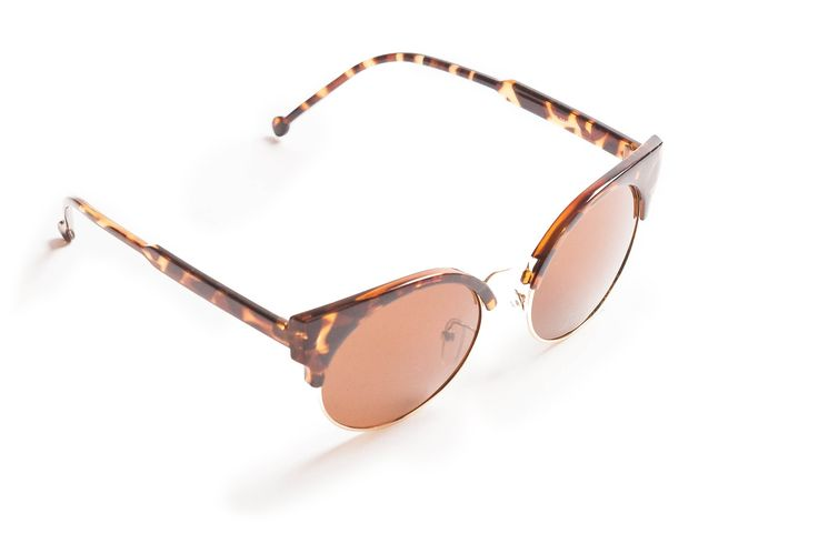 #PickOfTheDay Vamp up your look with there GM Cat-Eye glasses! Shop here: http://bit.ly/1CdmvXc