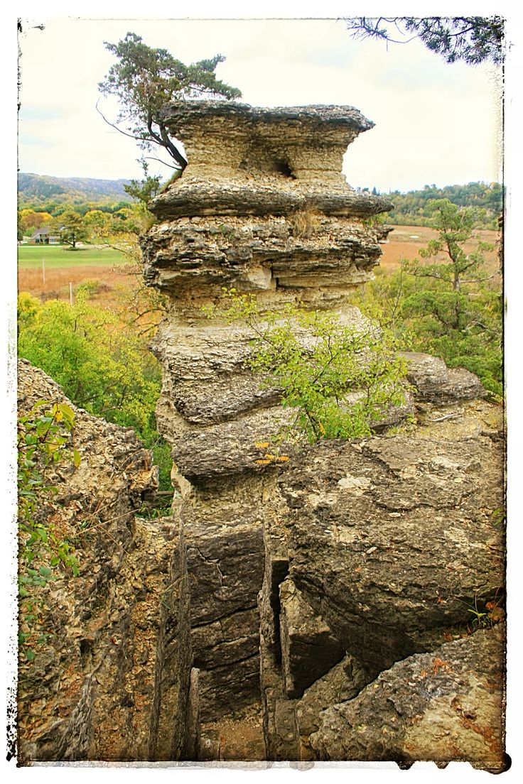 Decorah, Iowa, Pulpit Rock park, the limestone scupltures of Iowa
