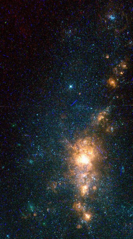 NGC5461 is identified as a good candidate for hosting a second generation of stars,not yet seen at far-ultraviolet wavelengths.Based on ...