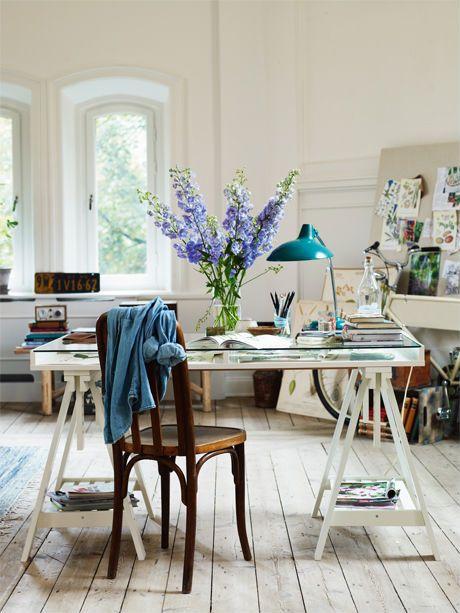 Office space with that vintage feel. Bild: Allt i hemmet