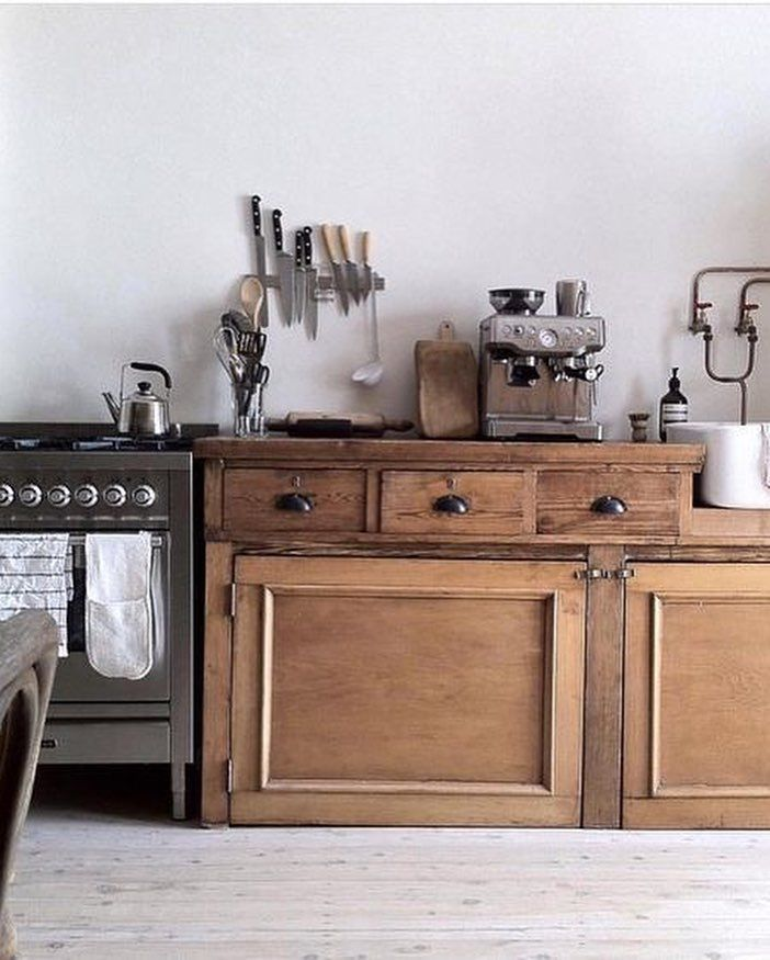 A Collection Or Yet A Gathering Of Design Images Closely Related In Wood And White It Cuisine Rustique Chic Interieur Moderne De Cuisine Interieur De Cuisine