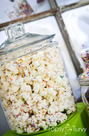 cake-batter-sprinkles-popcorn-recipe by imtopsyturvy.com, via Flickr