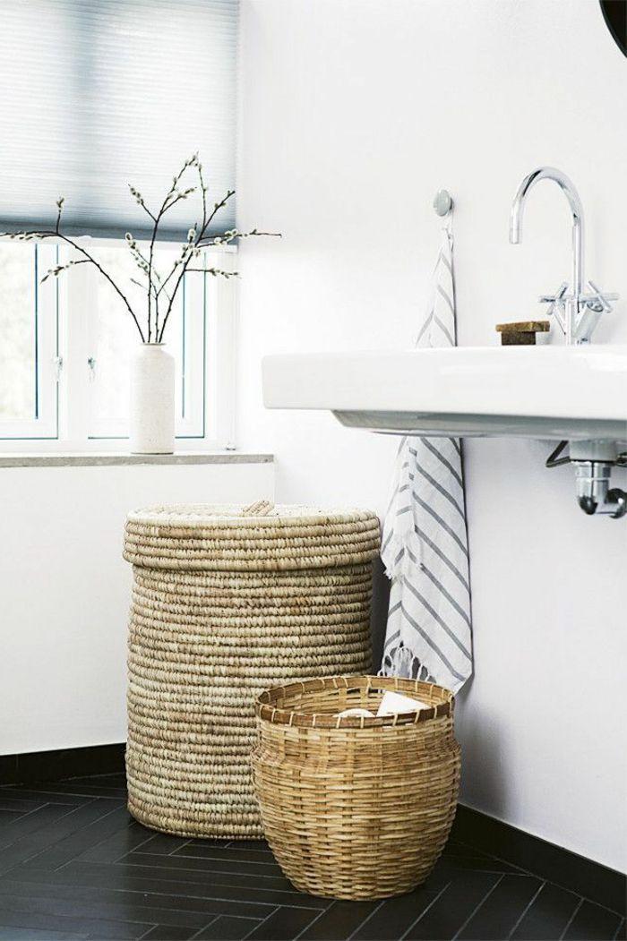 parquet chene massif noir pour la salle de bain blanche - Salle De Bain Parquet Bambou
