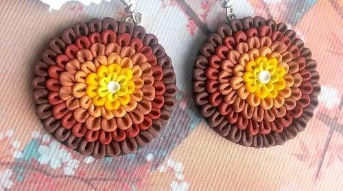 hnedo žlté kvietky - náušnice z polymérovej hmoty od MearumArt #handmade #earrings #nausnice #hnede #prirodne #nature #handmadejewelry
