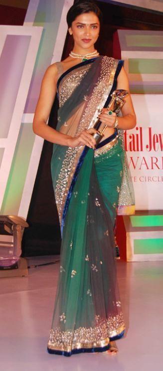 USD 99.44 Deepika Padukon Saree at 6th Retail Jeweller Award 12298