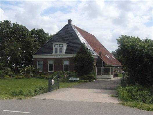 De Stjelp Pleats, Bed and Breakfast in Lemmer, Friesland, Nederland | Bed and breakfast zoek en boek je snel en gemakkelijk via de ANWB