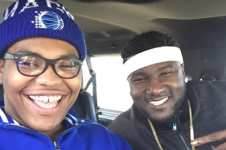 "Orlando Brown (current Sooner) on left; Jammal Brown (former Sooner) on right. [SOURCE: ""Once a 415-Pound High Schooler, Orlando Brown Now Is the Baddest OL in CFB"" @ Bleacher Report] -- #OrlandoBrown #JammalBrown #FootballPlayers #Athletes #Sooners #OklahomaSooners #Football #Sports #UniversityOfOklahoma #People"