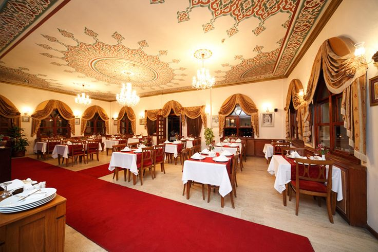 Uygun İftar Mekanları - Aziyade Restaurant http://www.yesiltopuklar.com/servet-odemeden-iftar-yapabileceginiz-mekanlar.html