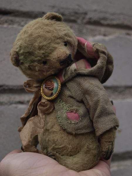 Bear Borteny By Ljudmila Zivel - Bear Pile