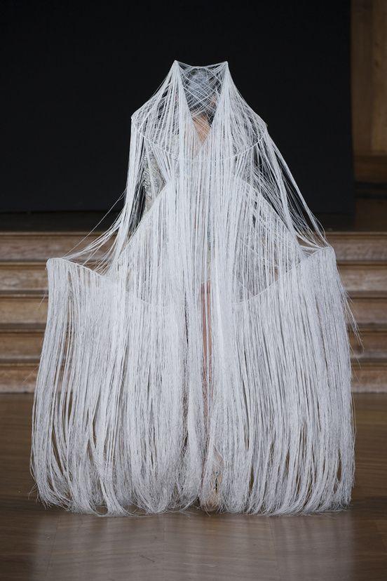 Yiqing Yin Haute Couture Printemps/Eté 2013