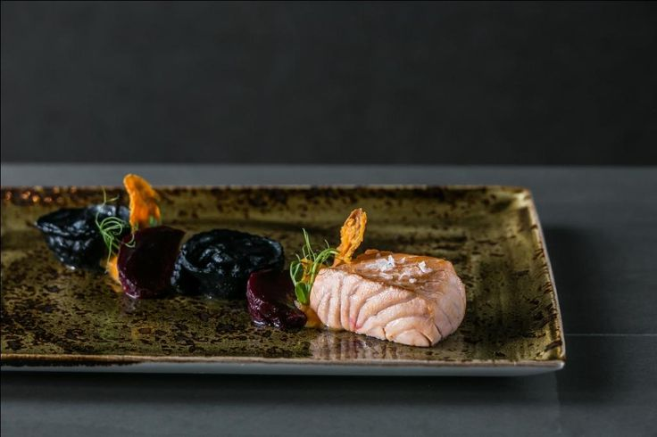 Salmon fillet duo with carrot cream
