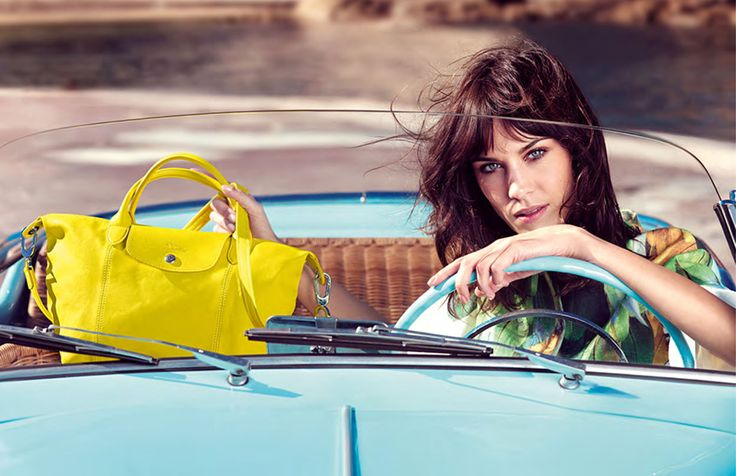 Alexa Chung 2014 #galeriamokotow #alexachung #trends #2014 #bags #fashion #galmok #musthave