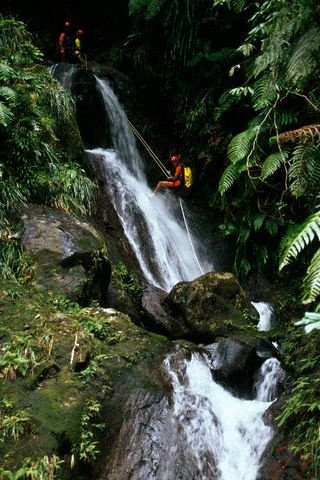 Be active .. go canyoning, Basse Terre, Guadeloupe