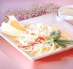 Receta de Salsa a los cuatro quesos: Delights Salad, Queso Parmesano, Cuatro Quesos, Savory Delights, Cheese