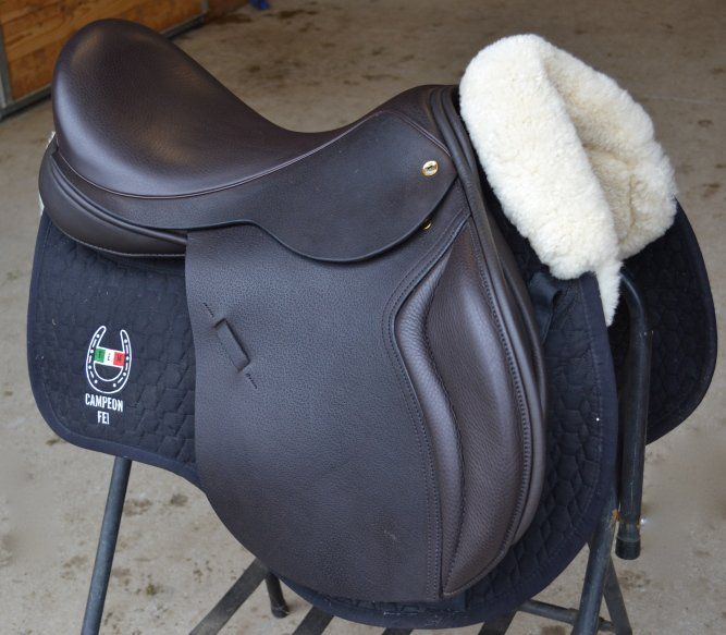 """The Black Country Wexford is a deep seated jumping model, often referred to as the """"arm chair"""" ride.  With large supportive blocks, this saddle is the ultimate in rider security.  This model comes in a variety of tree and panel options, ensuring ideal fit.  As with all Black Country Saddles, this model is flocked with 100% pure wool flocking, allowing for custom and maintainable fit."""