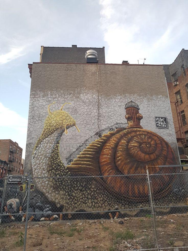 New york (USA) by Mike Makatron #bunshwikcollective#snail#mobilehome#