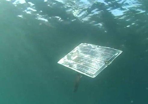 Underwater Solar-Powered Robot Swims and Dives Like a Real Sunfish
