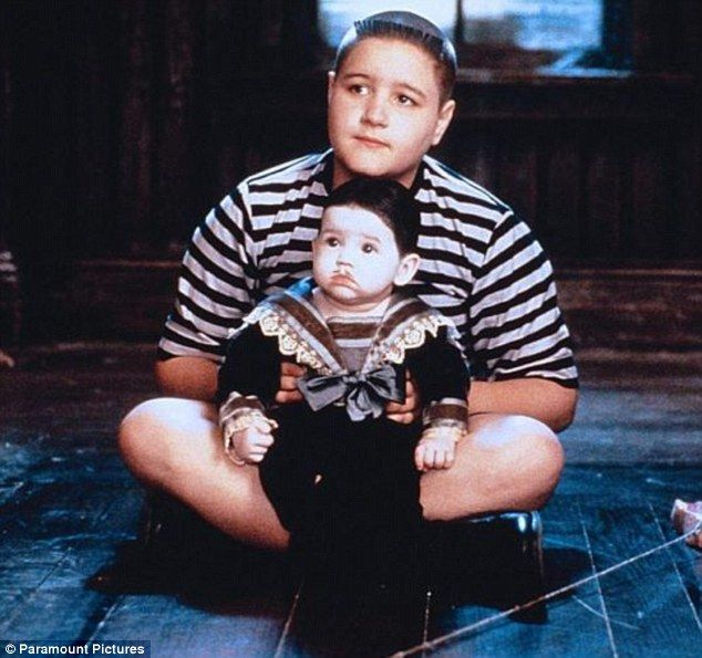 Pugsley and Pubert from 'Addams Family Values'. | Addams ...