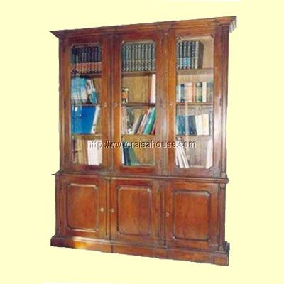 Bibliotheque Three Door With Glass Refrence : RBC 002 GS Dimension : 194 x 47 x 236 cm Material : #WoodenMahogany Finishing : #Custom Buy this #Bookcase for your #homeluxury, your #hotelproject, your #apartmentproject, your #officeproject or your #cafeproject with #wholesalefurniture price and 100% #exporterfurniture. This #BibliothequeThreeDoorWithGlasshas a #highquality of #AntiqueFurniture #NaturalFurniture #HomeFurniture #MahoganyFurniture #IndonesiaFurniture #FrenchStyle