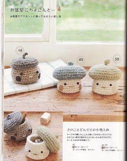 mushroom crochet boxes / capses de bolets de ganxet