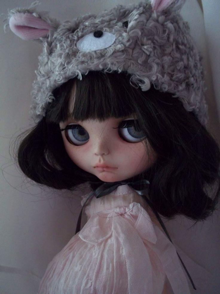 "OOAK Custom Blythe Doll -  ""Athena""  (faceplate by Spookykidsworkshop) by ArtDollKeepsakes on Etsy https://www.etsy.com/listing/505717514/ooak-custom-blythe-doll-athena-faceplate"