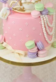 Bunny Macaroon Cake