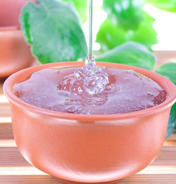 Top 10 Tea Tree Oil Uses