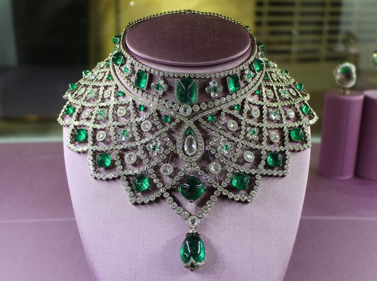 When it comes to @OfficialFaberge, diamonds and emeralds are definitely a girl's best friend…