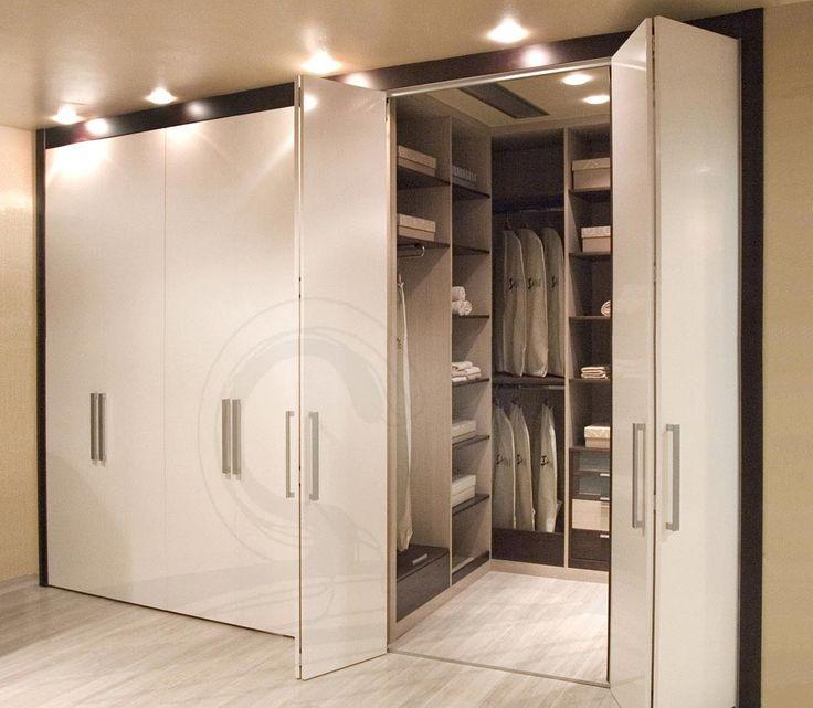 Principales 25 ideas incre bles sobre puertas plegadizas for Closet de madera para dormitorios