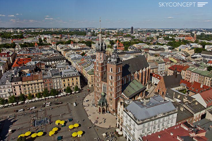 Bazylika Mariacka na Rynku Głównym w Krakowie, Polska