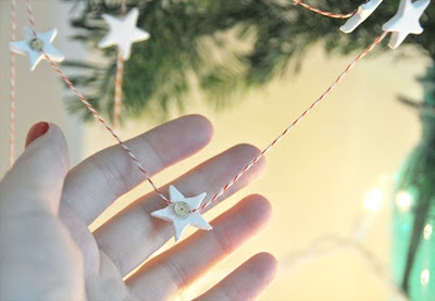 Pretty & simple Xmas garland.