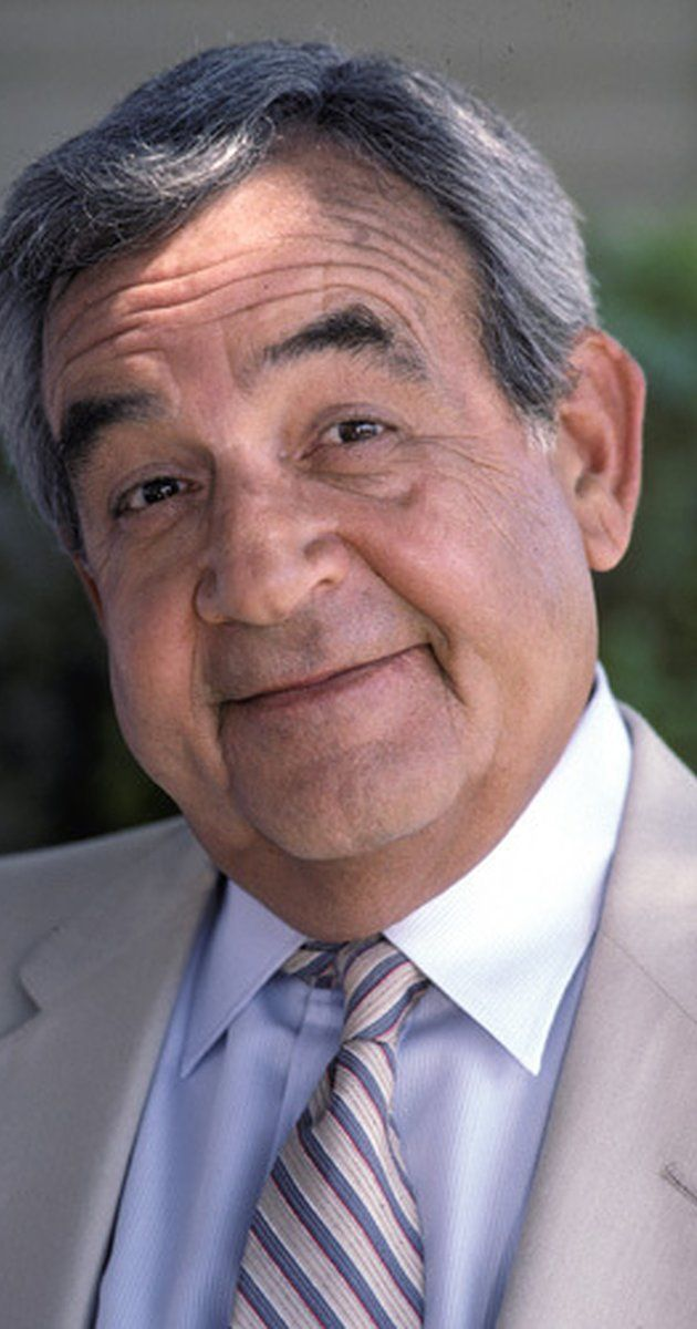 Tom Bosley, Actor: Happy Days. Tom Bosley was born on October 1, 1927 in Chicago, Illinois, USA as Thomas Edward Bosley. He was an actor, known for Happy Days (1974), Wait Till Your Father Gets Home (1972) and Father Dowling Mysteries (1989). He was married to Patricia Carr and Jean Eliot. He died on October 19, 2010 in Palm Springs, California, USA.