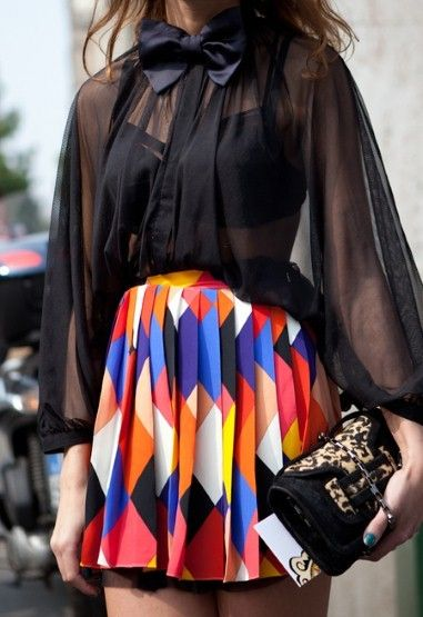Loves itFashion, Bows Ties, Pattern Skirts, Style, Neon Colors, Cute Outfit, Bright Colors, Pleated Skirts, Blouses Pattern