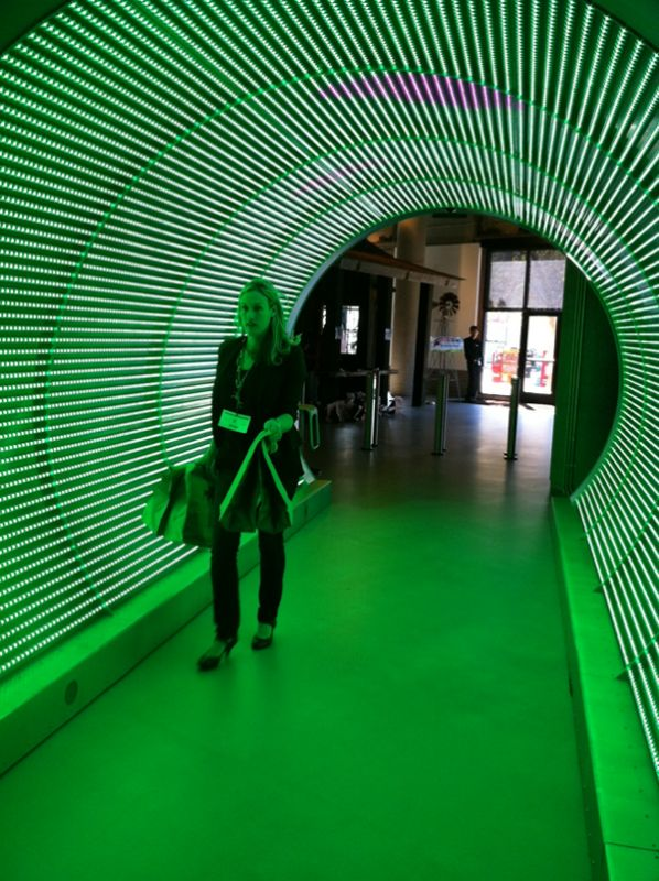 22 best images about cool tech offices on pinterest the for Zynga office design