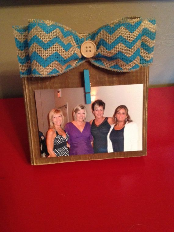 SALE Rustic Wood Photo Frame with Clip Holder and Turquoise Chevron Burlap Bow. Check this out on Definitly Denise on ETSY.