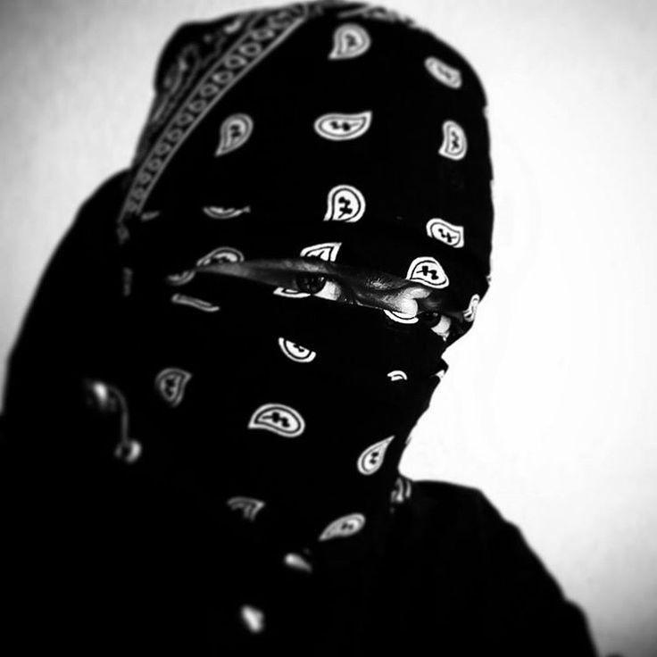 59 отметок «Нравится», 1 комментариев — AKUMA SENPAI (@akumasenpaiofficial) в Instagram: «#селфи #selfie #ninja #streetninja #style #block #allblack»