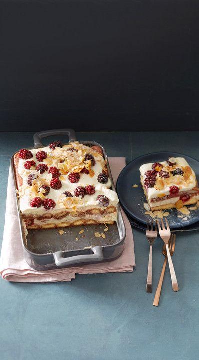 Beeren Tiramisu, ein beliebtes Rezept aus der Kategorie Süßspeisen. Bewertungen: 18. Durchschnitt: Ø 4,6.