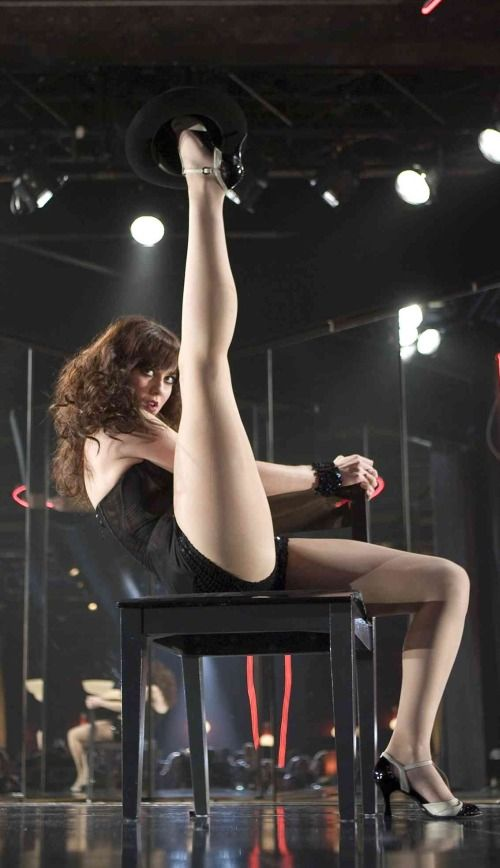 Mary Elizabeth Winstead Sexy Long Legged Burlesque