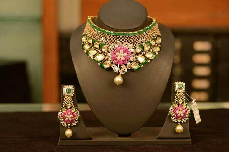 Uncut diamond and multicoloured stones necklace set