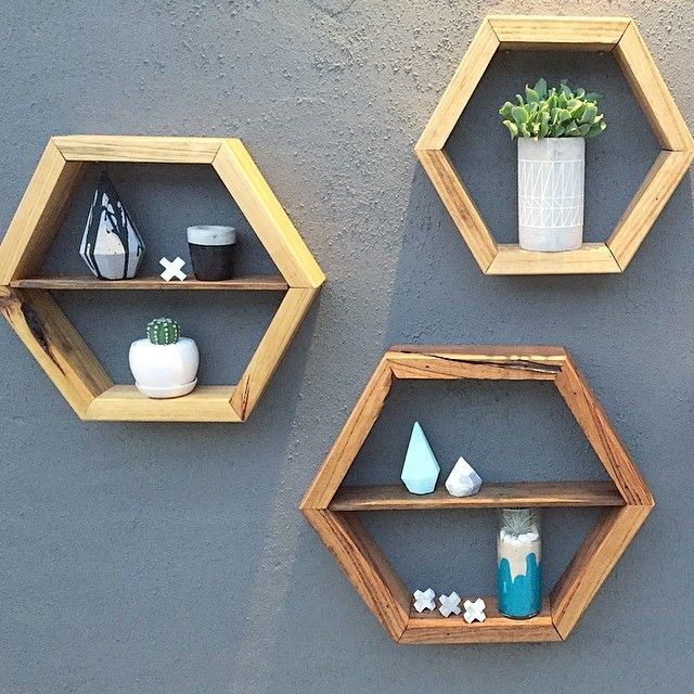 WOOD   DEN ✖️ WE LOVE A HAPPY SNAP OF OUR GOODS IN OTHER PEOPLES HOMES ☺️✖️ ESPECIALLY WHEN THEY ARE STYLED TO PERFECTION LIKE THESE ✖️ HEXAGONS PICTURED IN SMALL, MEDIUM & LARGE✖️ W: www.wooddenhome.com  E: den.enquiries@gmail.com  Etsy: WOODDENHOME