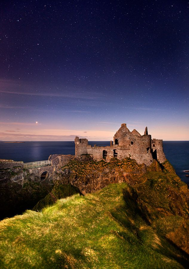 Dunluce Castle on the Antrim Coast in Northern Ireland is about a 40 minute drive from the city of Derry and close to the popular tourist towns of Portstewart and Portrush. Other nearby visitor attractions include the Giant's Causeway and the Bushmills Distillery.