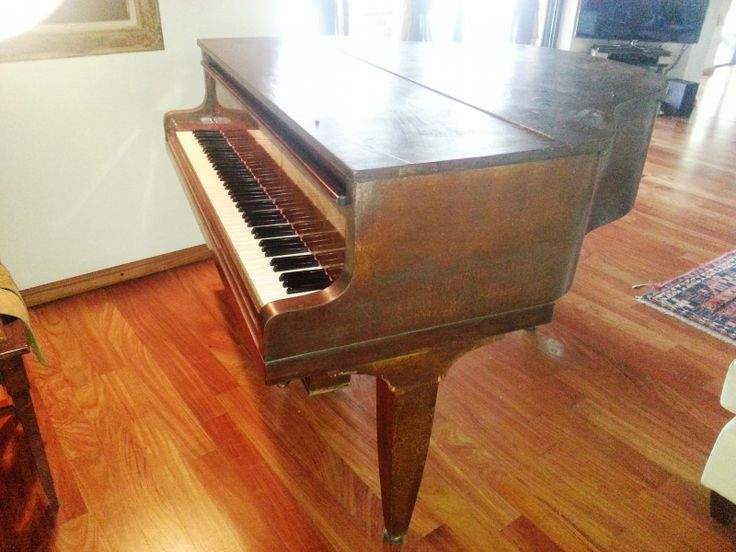 Pianoforte Baby Grand