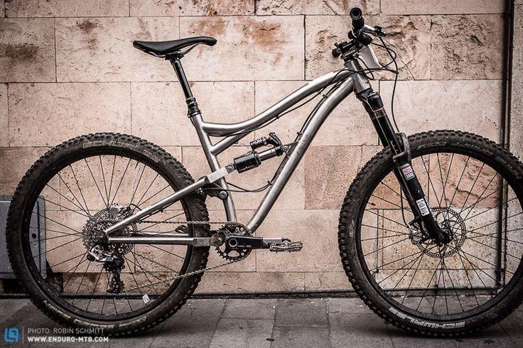 Kingdom HEX AM275: World's First Full Titanium Enduro Bike http://kingdombike.com/en/ti_bike/2015-hex
