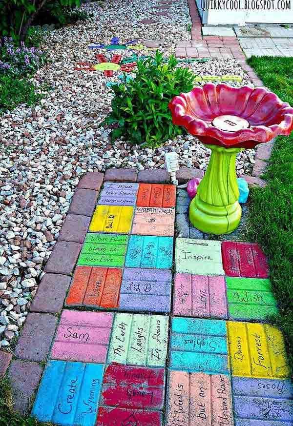 DIY Colorful Brick Yard Art, DIY Yard Brick Projects, DIY Backyard and Garden Ideas
