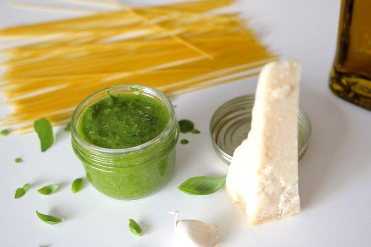 Une recette inratable de Pesto gênois Thermomix sur Yummix • Le blog culinaire…