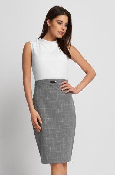 Puzdrové šaty so sukňou s károvaným vzorom