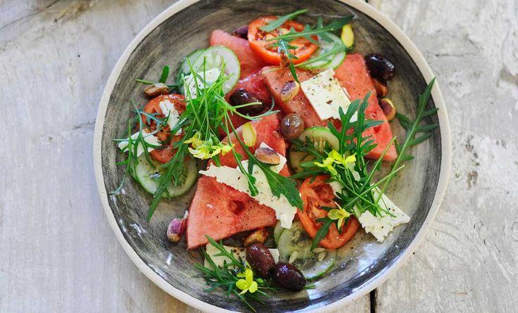 Ecco lo speciale insalate e ricette estive: cercate tra le tante proposte di piatti estivi e scoprite quella che fa per voi!