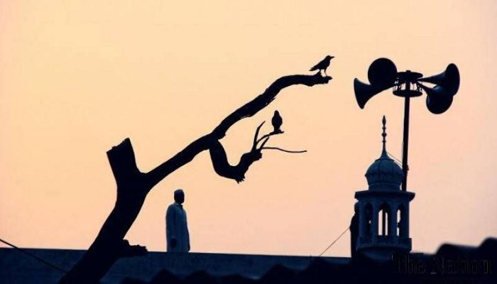 Atas Nama Syiar, Aturan Pengeras Suara Masjid Dilanggar?